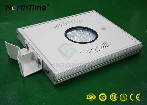 Cina 6500K - 7000K All In One Solar Light 18W Penghematan Energi Penerangan Jalan pabrik